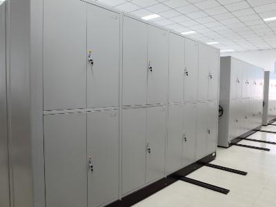 成都手动密集架厂家如何选择?选择密集架厂家必须注意的几个方面